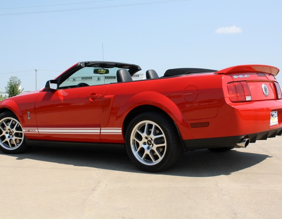 2007 Ford Mustang Shelby GT500 Convertible photo - 1