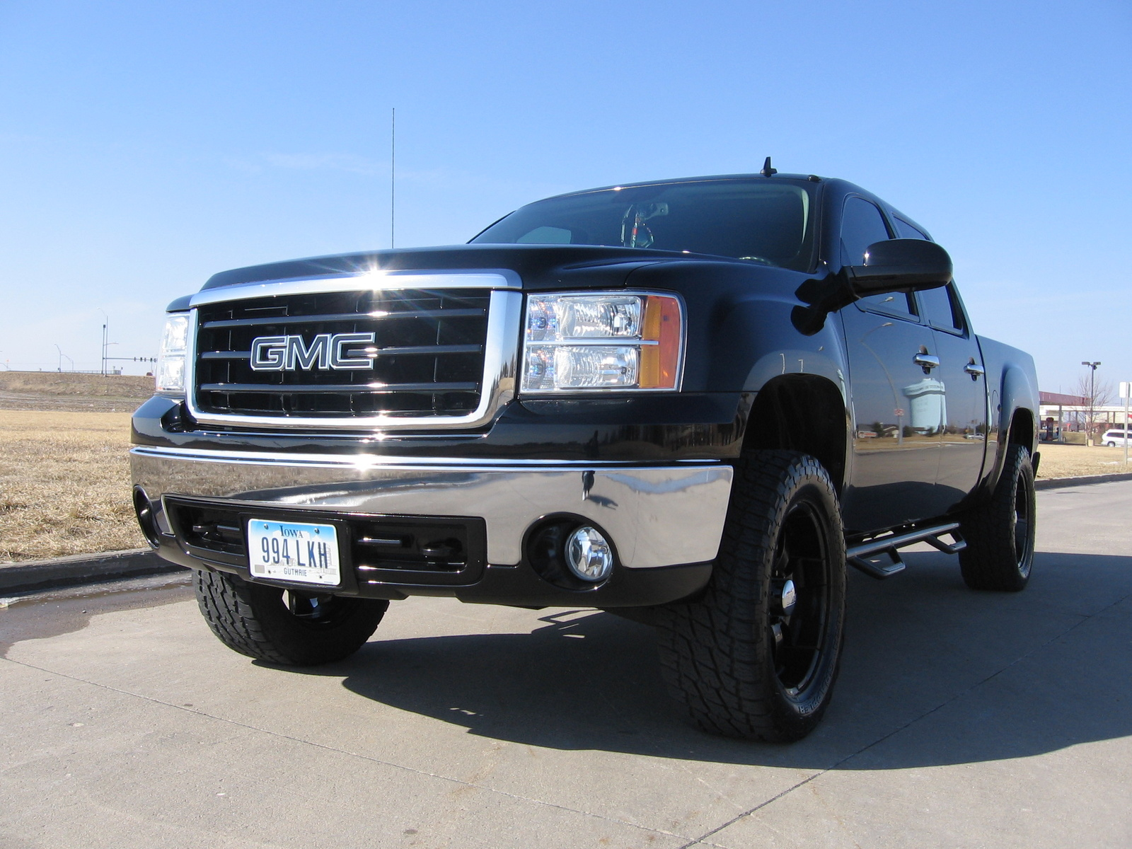 2007 GMC Sierra photo - 2