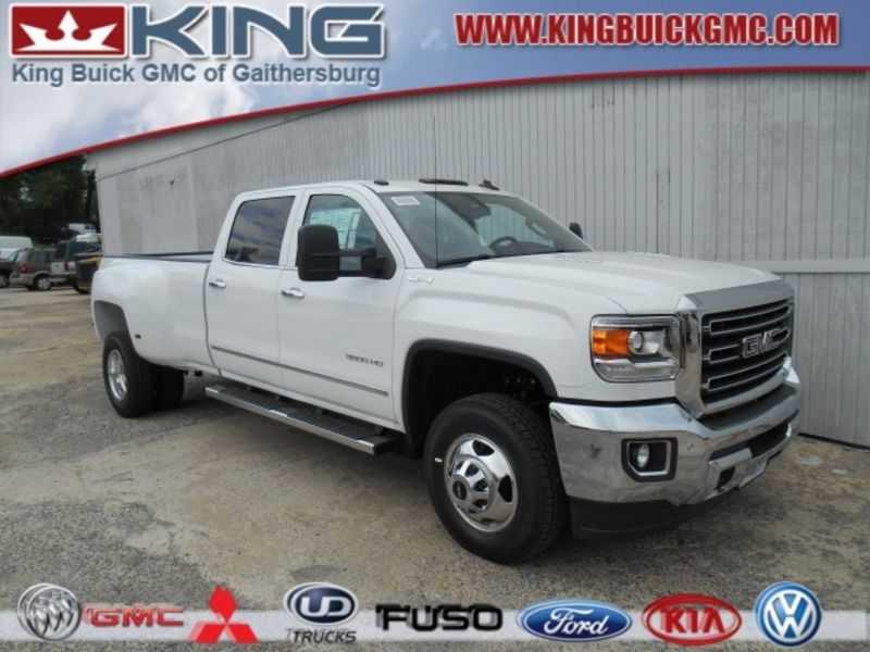 2007 GMC Sierra 3500 HD SLT Crew Cab photo - 1