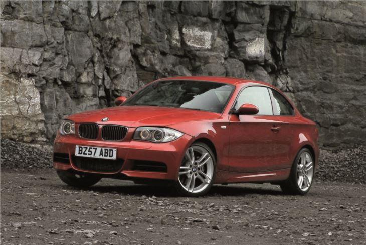 2008 BMW 1 Series Coupe photo - 3