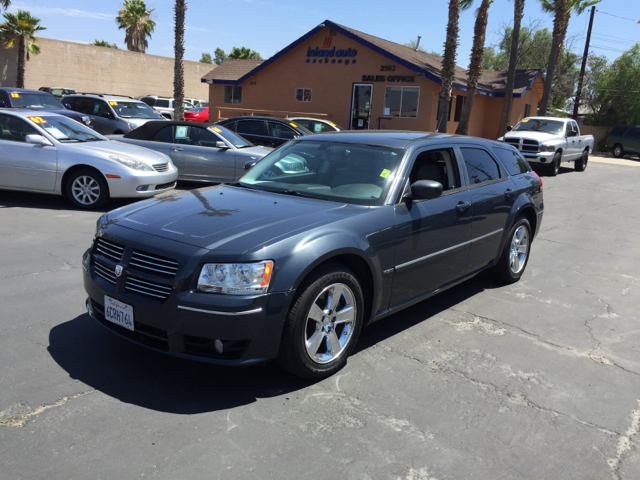 2005 dodge magnum rt awd for sale cargurus autos post. Black Bedroom Furniture Sets. Home Design Ideas