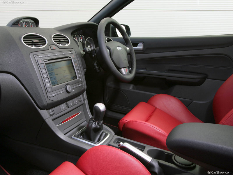 2008 Ford Focus ST500 photo - 1