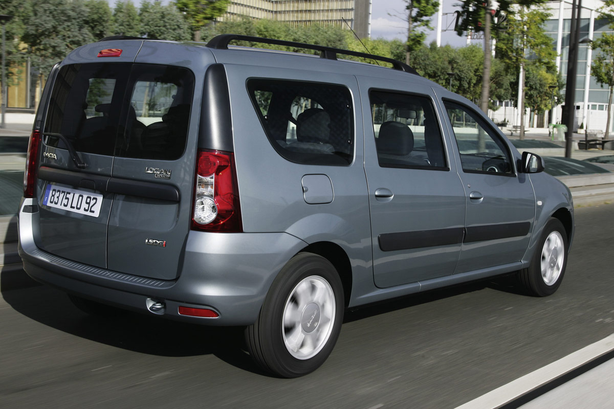2009 Dacia Logan photo - 2