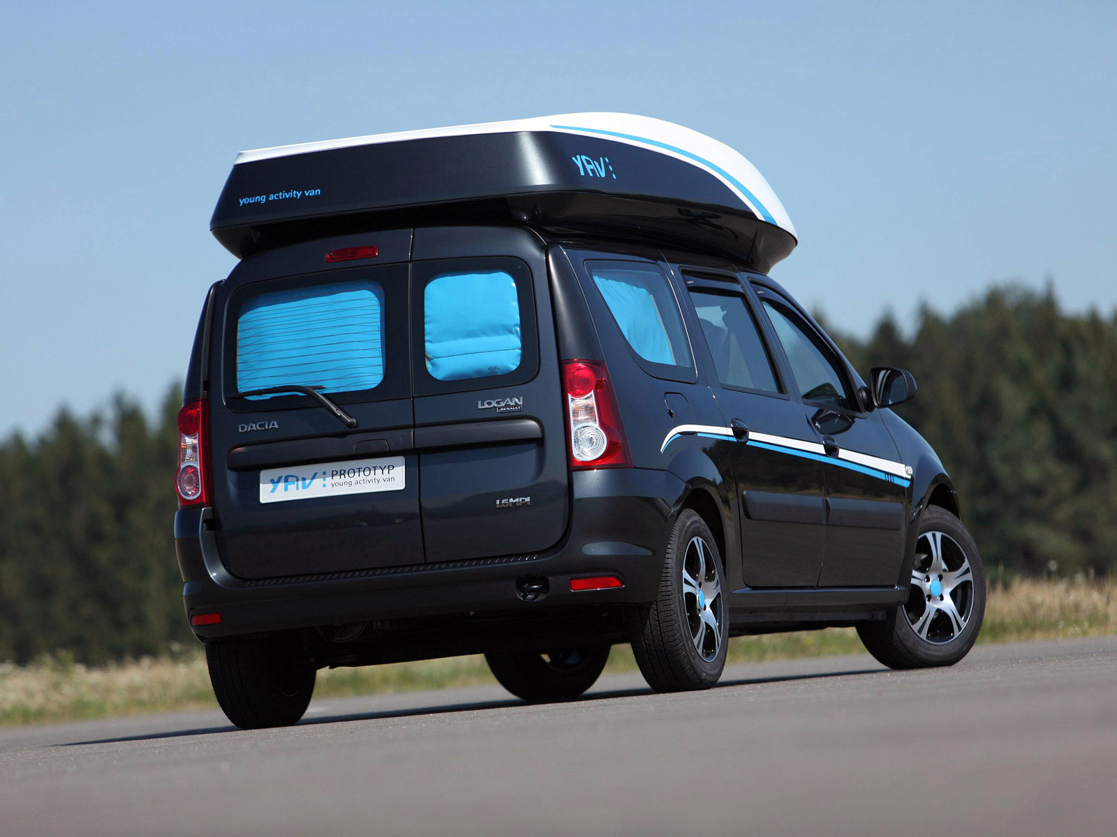 2009 Dacia Logan MCV photo - 1