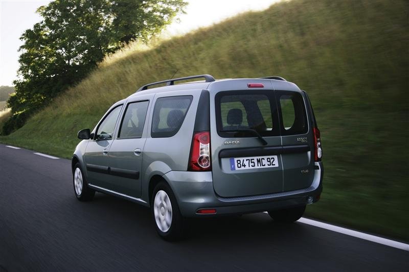 2009 Dacia Logan MCV photo - 2
