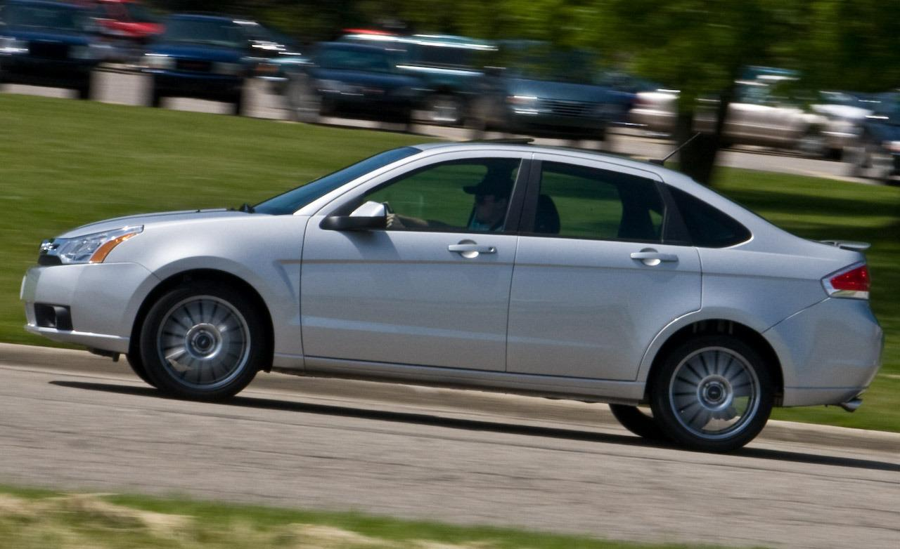 2009 Ford Focus X Road photo - 2