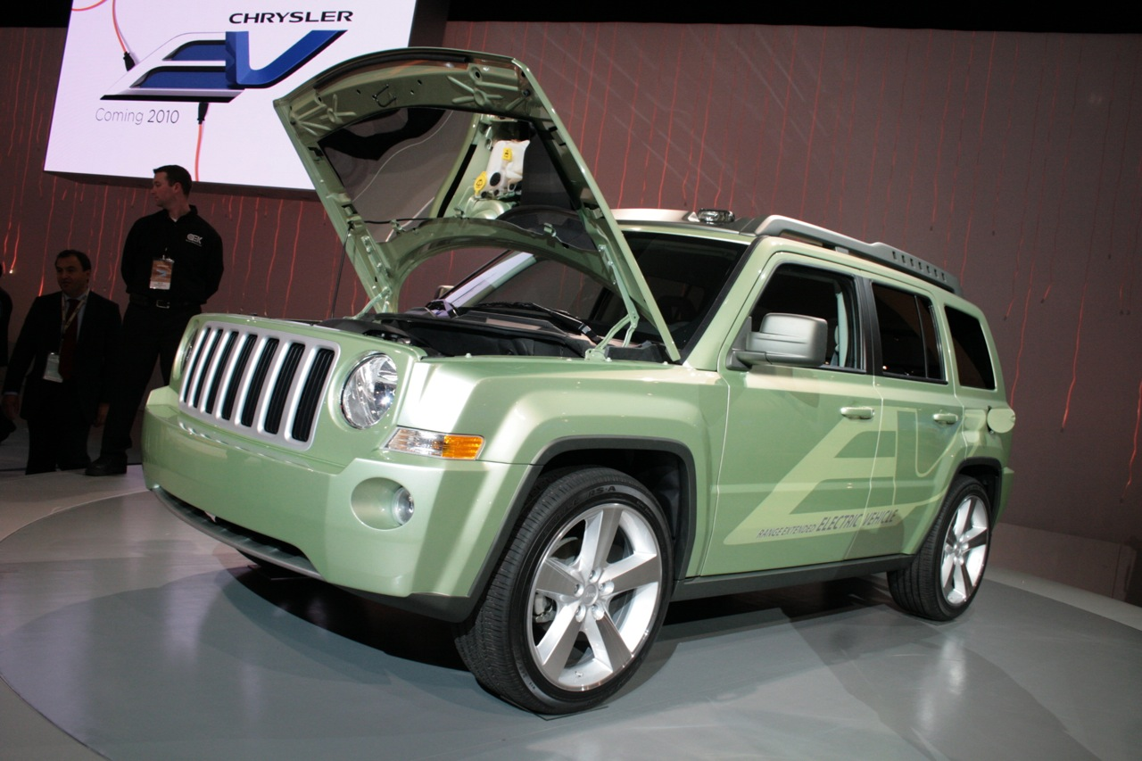 2009 Jeep Patriot EV photo - 1