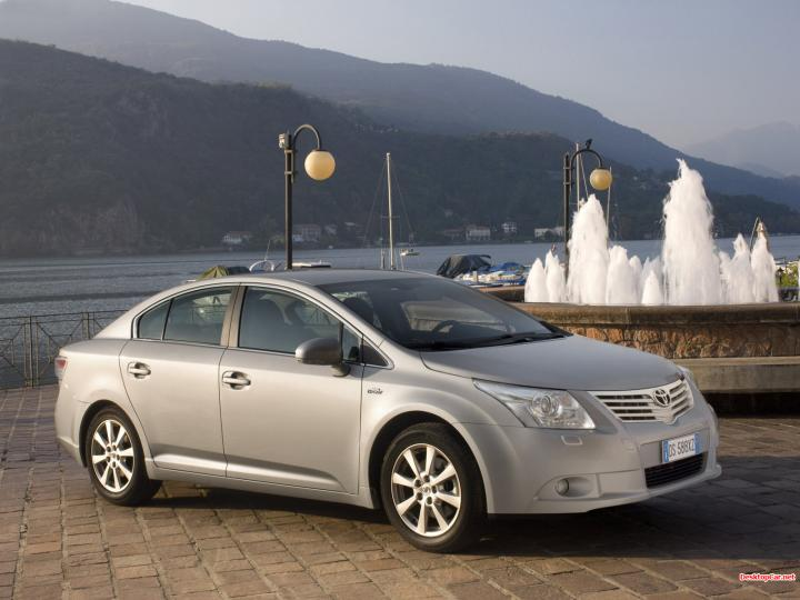 2009 Toyota Avensis photo - 2