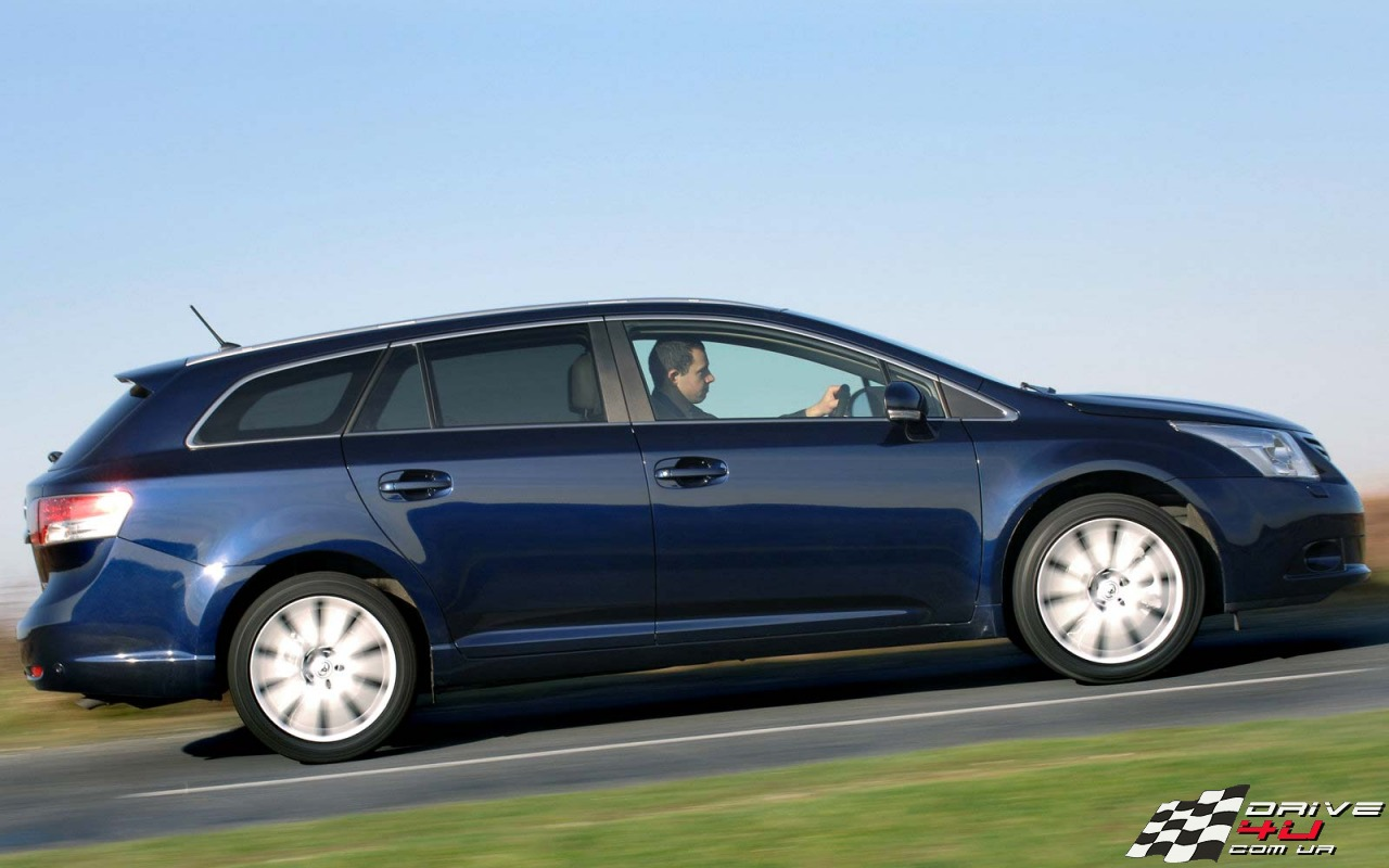 2009 Toyota Avensis Tourer photo - 2