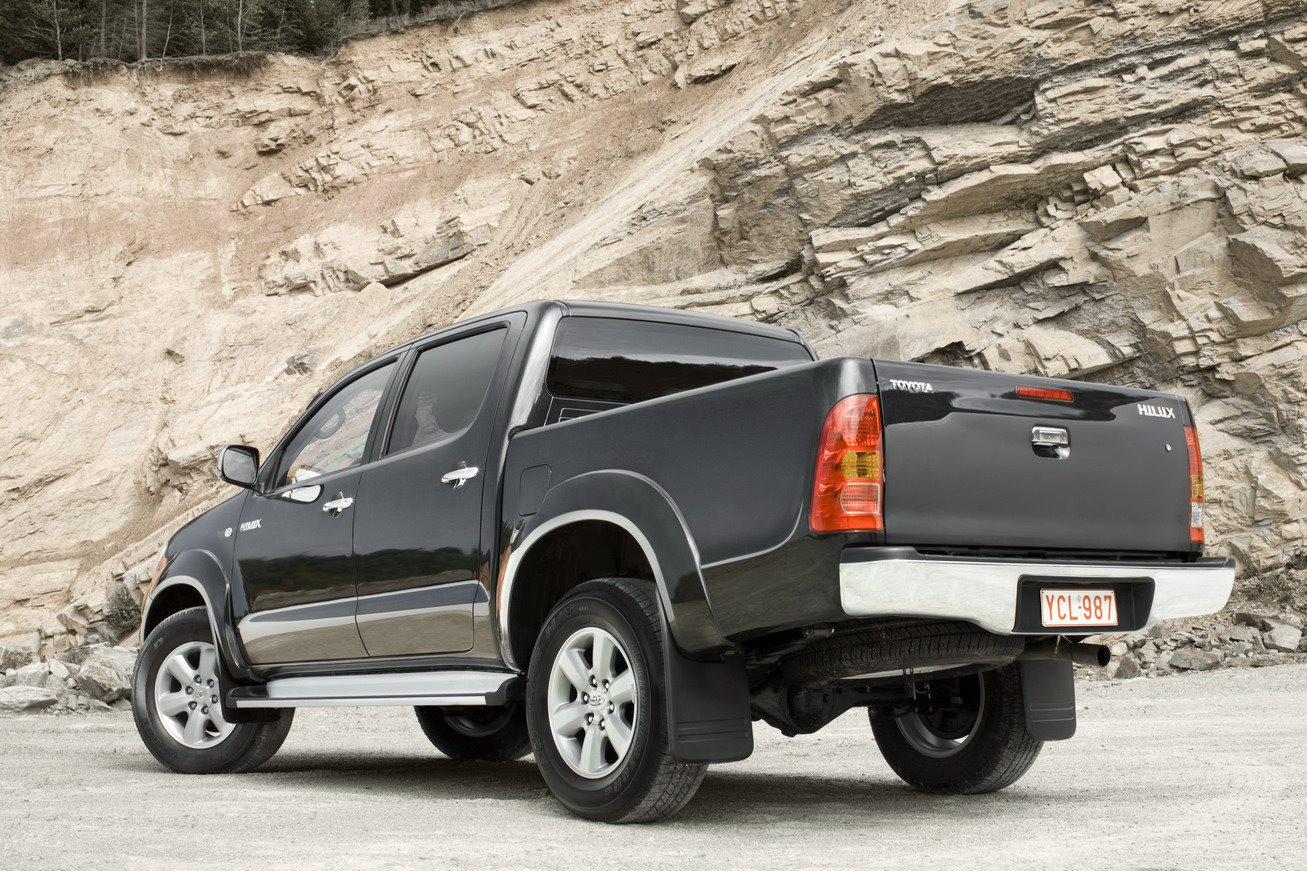 2009 Toyota Hilux photo - 2