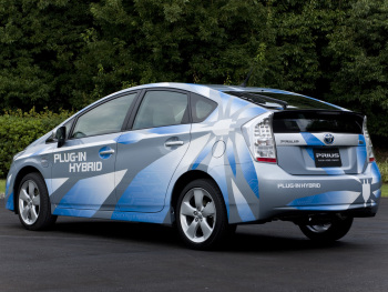 2009 Toyota Prius Plug in Hybrid Concept photo - 1