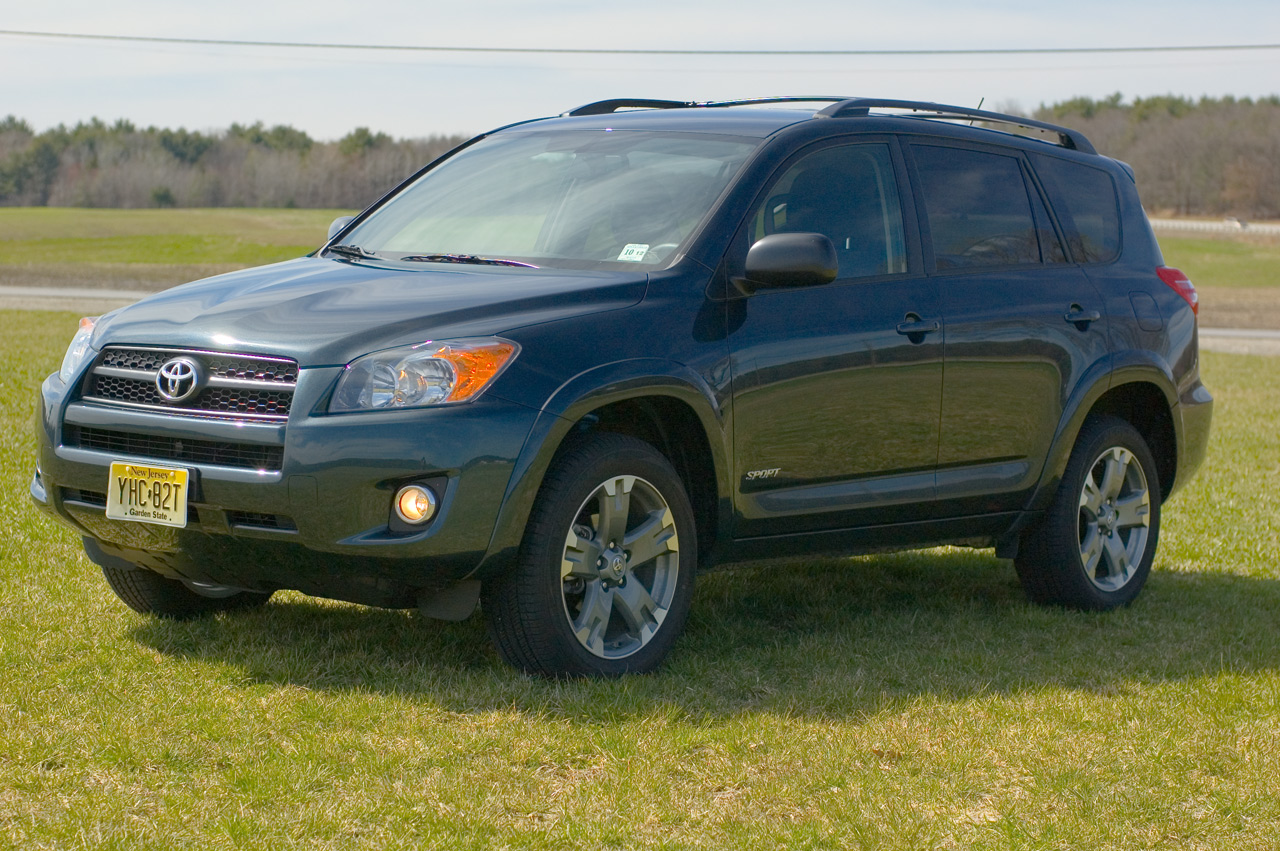 2009 Toyota RAV4 photo - 2