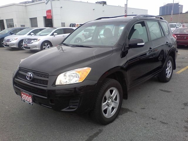 2009 Toyota RAV4 photo - 3