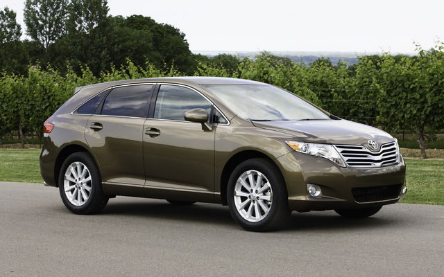 2009 Toyota Venza photo - 3