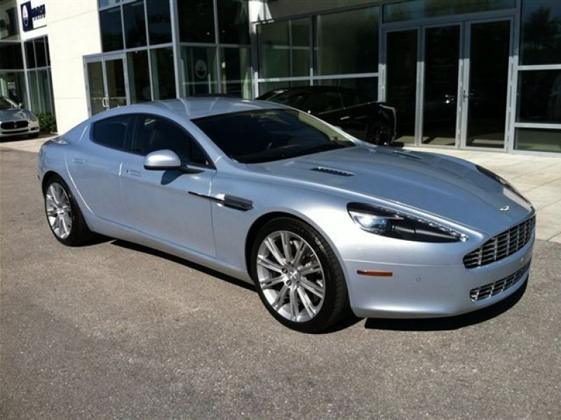 2010 Aston Martin Rapide photo - 1