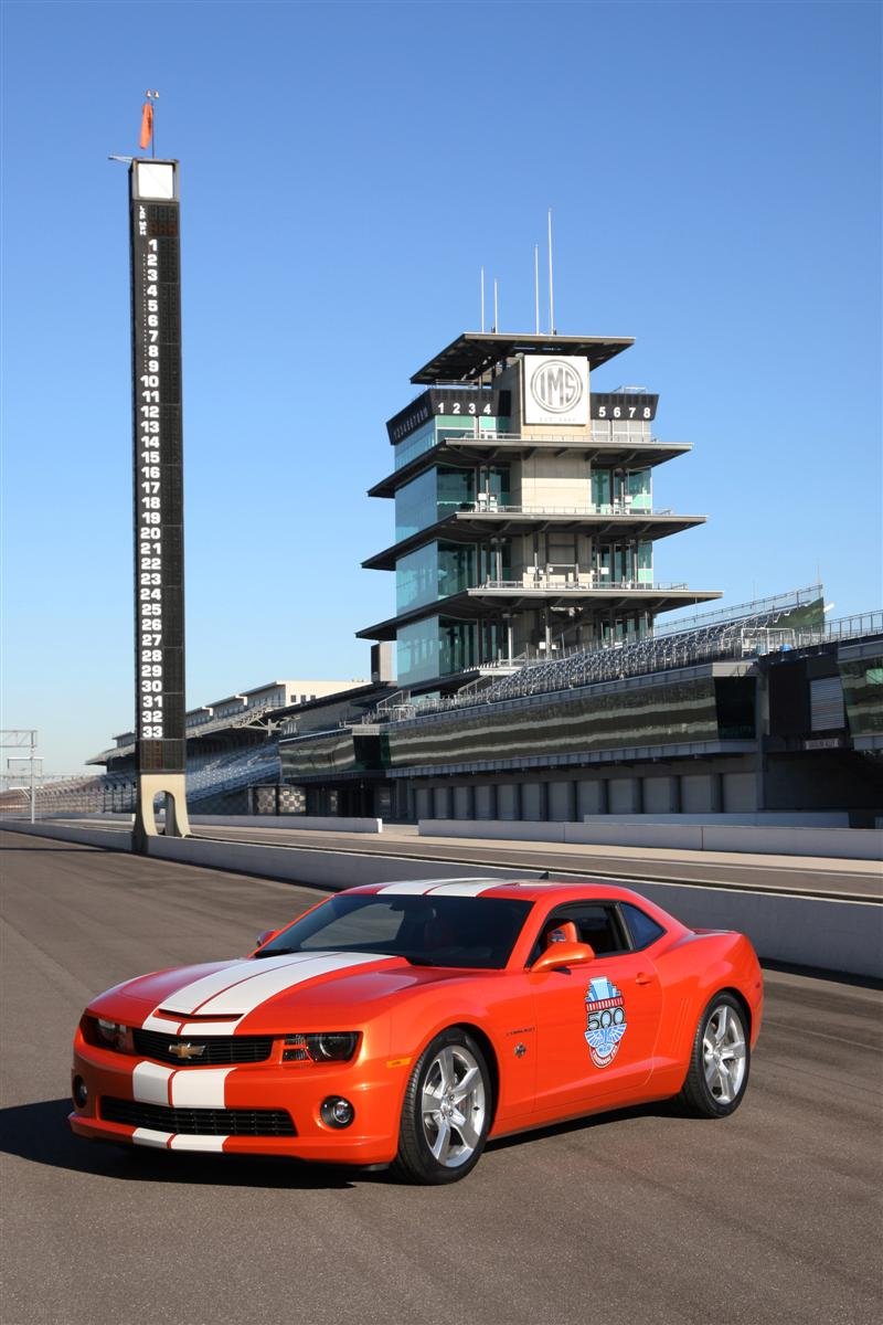 2010 Chevrolet Camaro SS Indy 500 Pace Car photo - 3