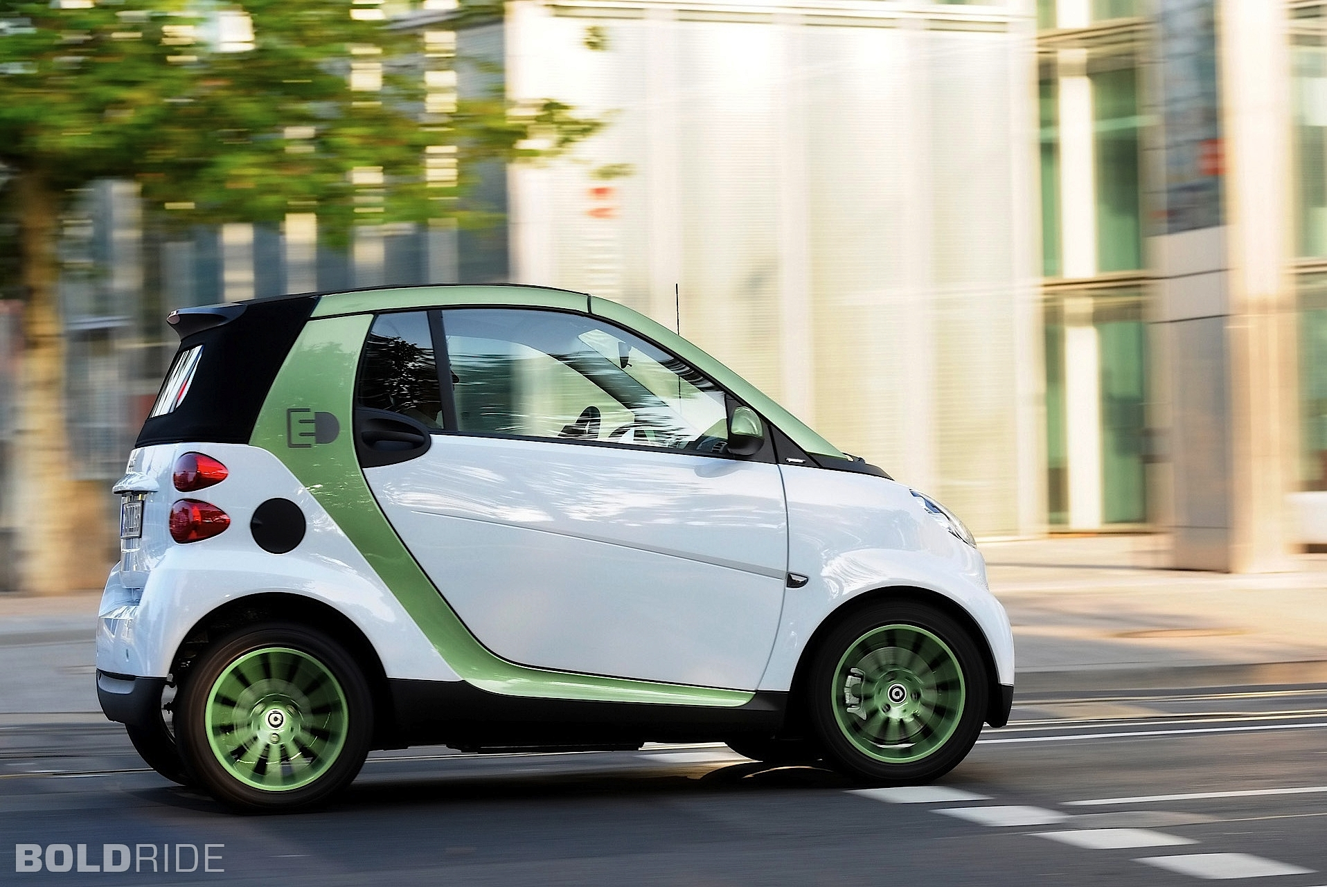 2010 Smart fortwo electric drive photo - 2