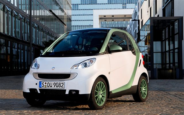 2010 Smart fortwo electric drive photo - 3