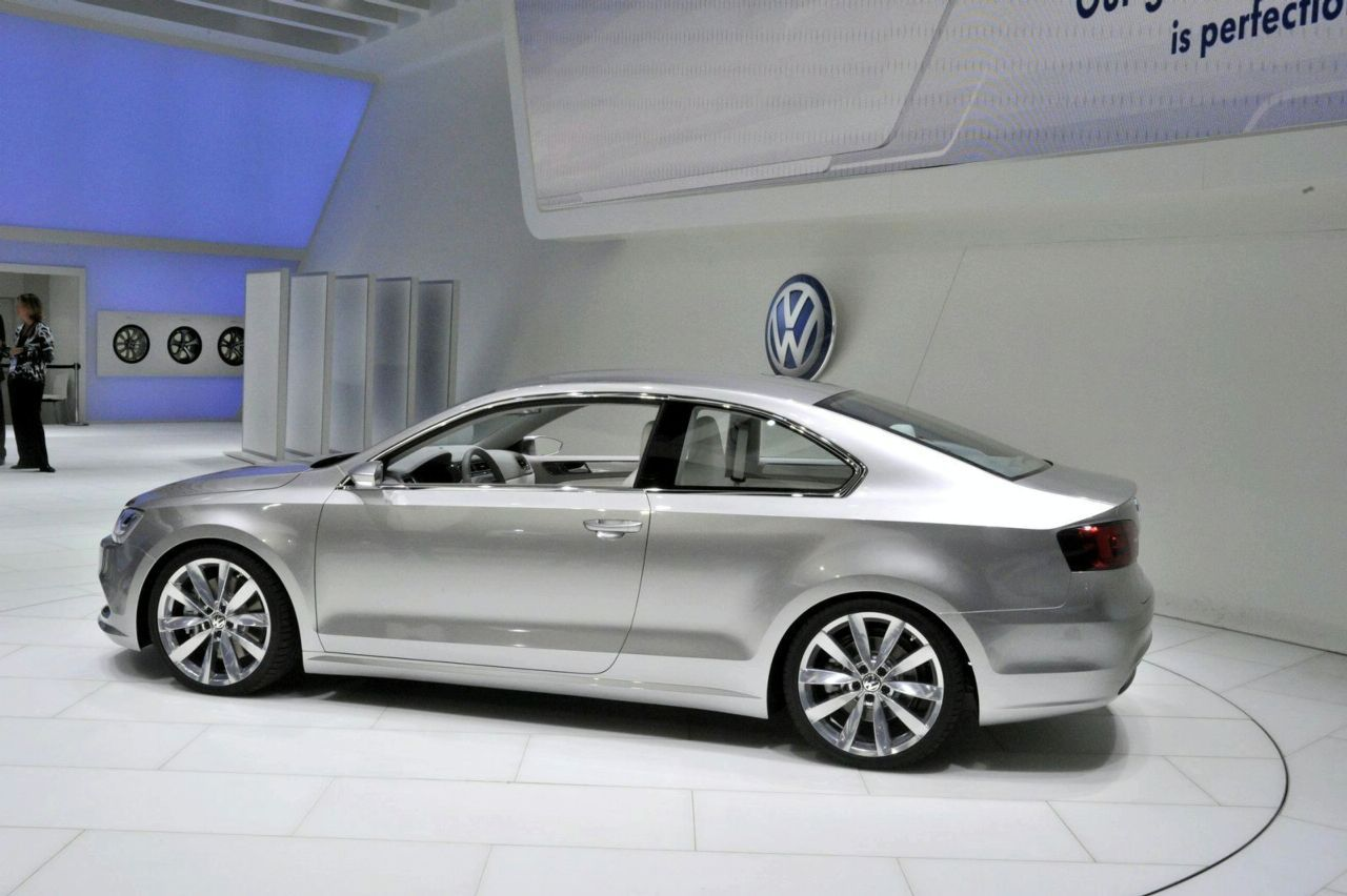 2010 Volkswagen New Compact Coupe Concept photo - 1
