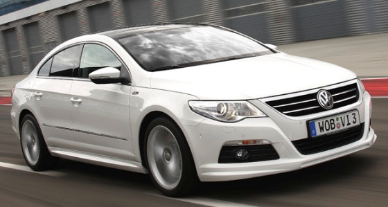 2010 Volkswagen Passat CC R Line photo - 3