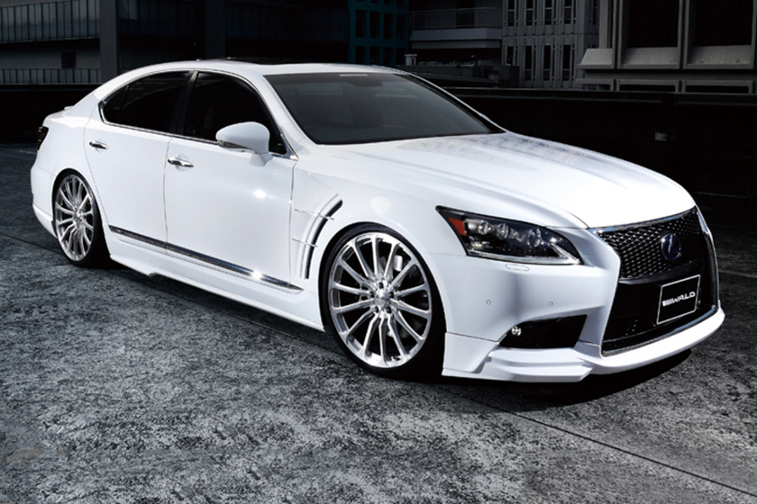2010 Wald Lexus LS460 photo - 3