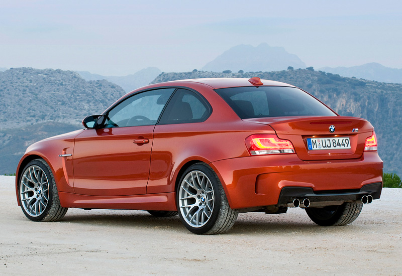 2011 BMW 1 Series M Coupe photo - 1