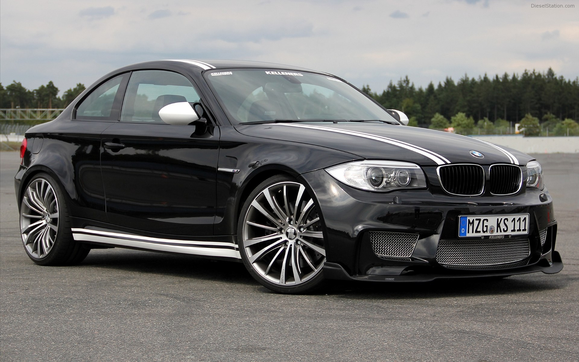 2011 BMW 1 Series M Coupe photo - 2