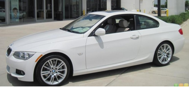 2011 BMW 3 Series Coupe photo - 3