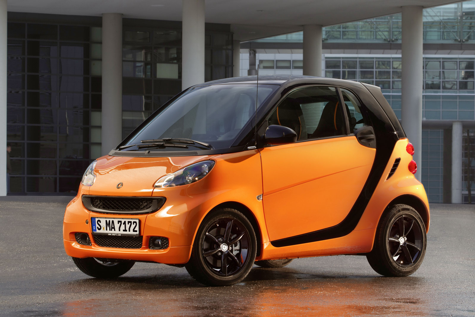 2011 Smart fortwo photo - 3
