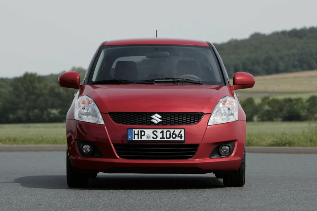 2011 Suzuki Swift photo - 1