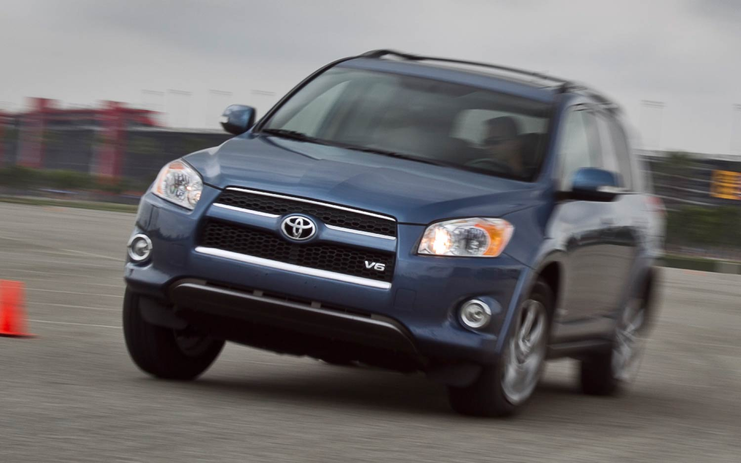 2011 Toyota RAV4 photo - 2