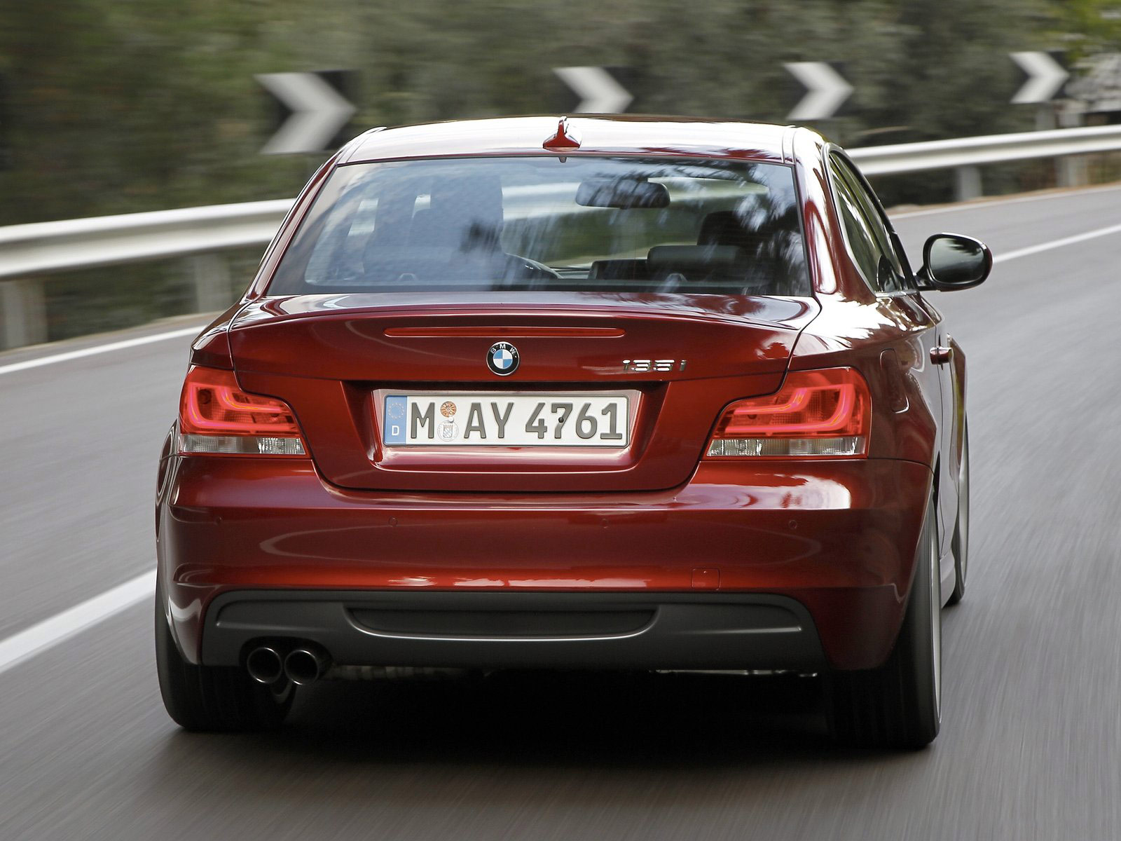 2012 BMW 1 Series Coupe photo - 2