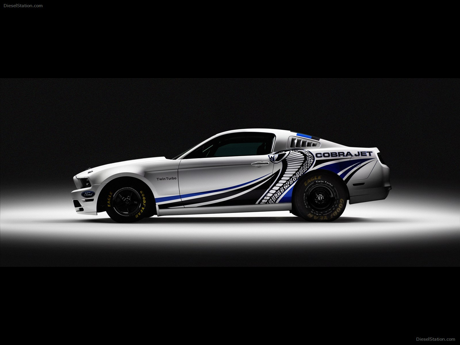 2012 Ford Mustang Cobra Jet Twin Turbo Concept photo - 3
