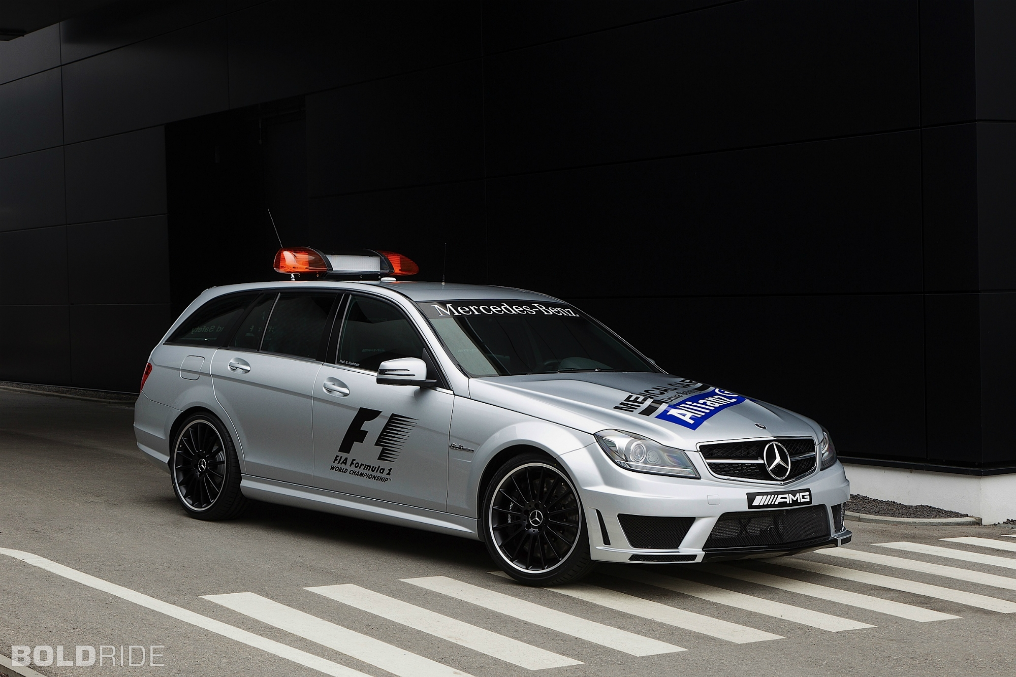 2012 mercedes benz c63 amg estate car photos catalog 2018 for Mercedes benz estate cars
