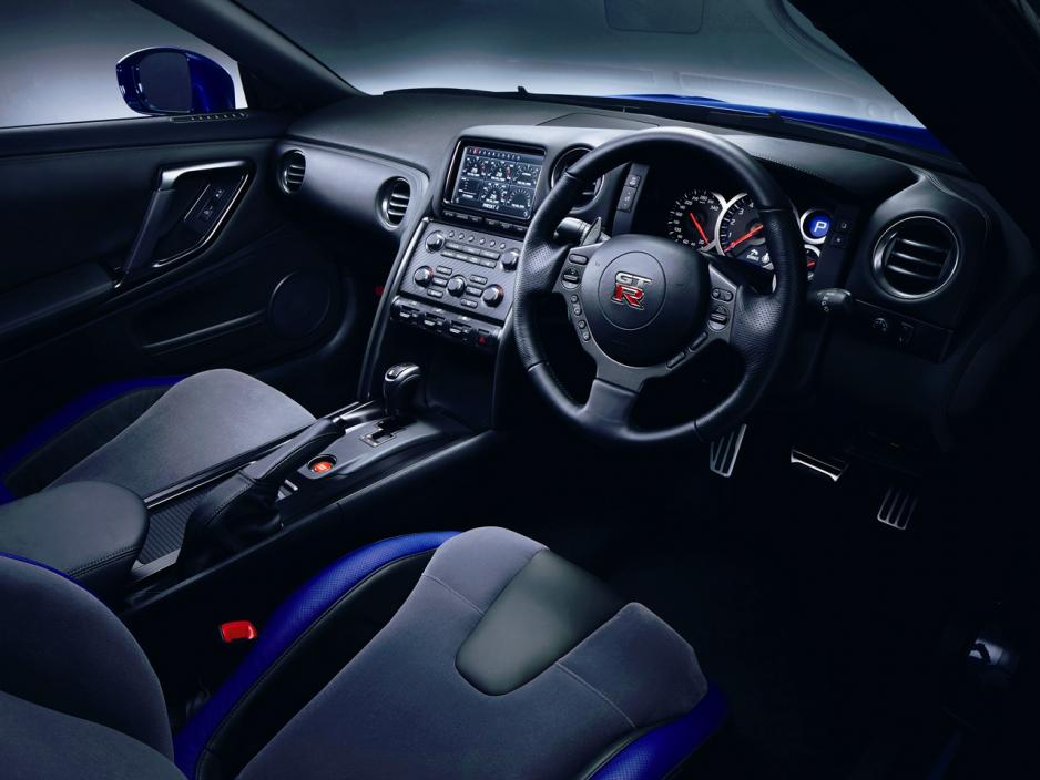 2012 Nissan GT R Track Pack photo - 1