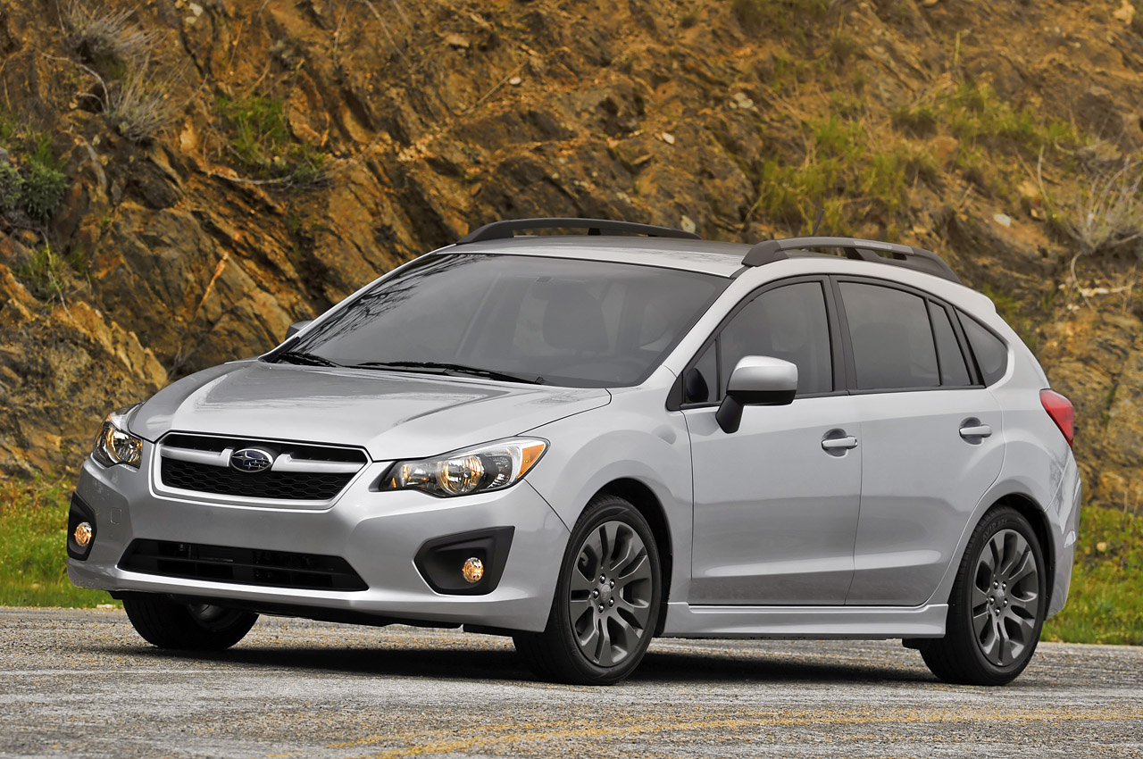 2012 Subaru Impreza 5 door photo - 1