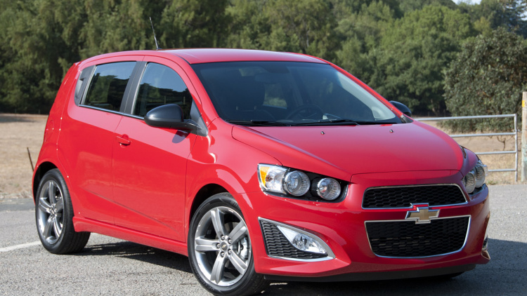 2013 Chevrolet Sonic RS photo - 3
