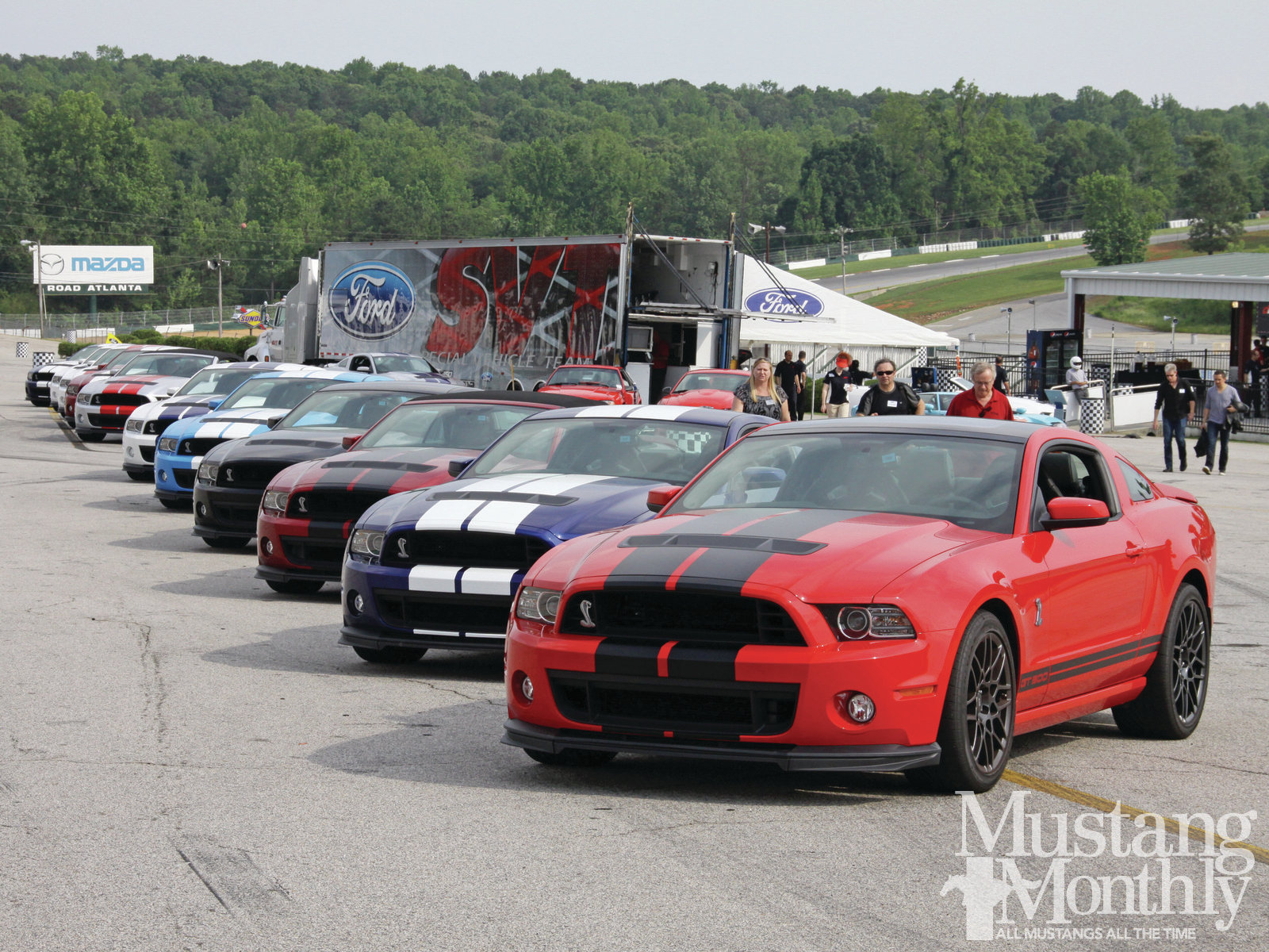 2013 Ford Mustang Shelby GT500 photo - 1