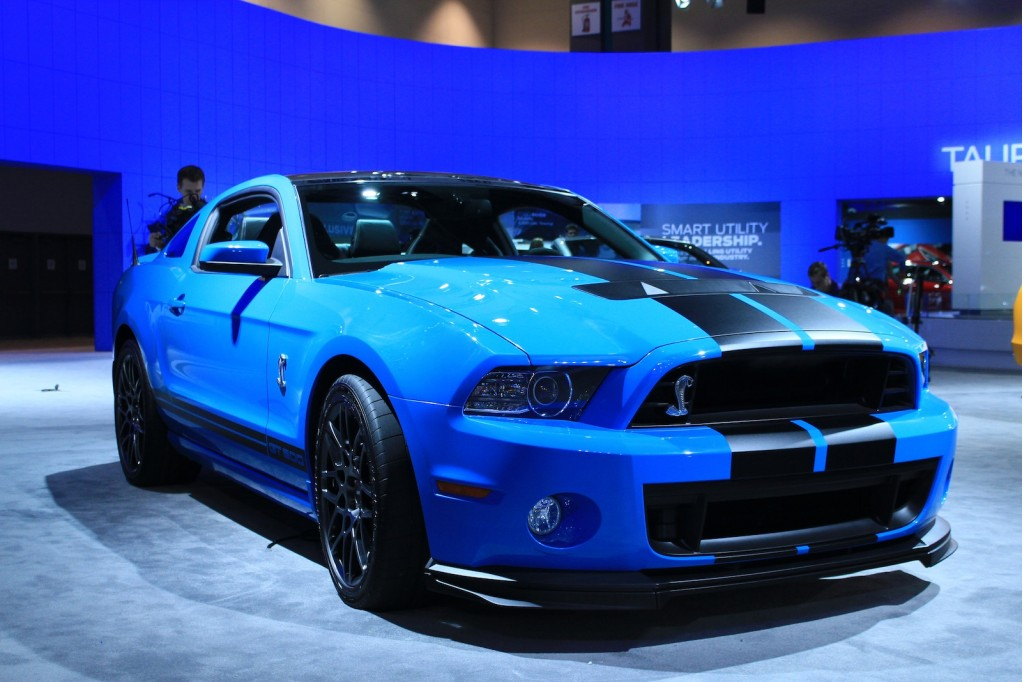 2013 Ford Mustang Shelby GT500 photo - 3