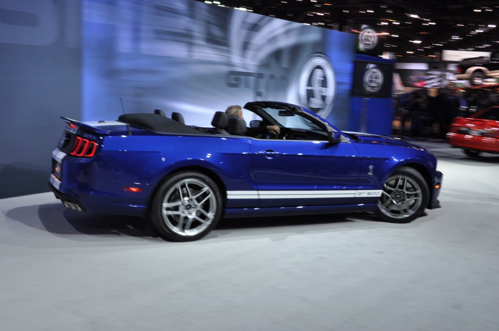 2013 Ford Mustang Shelby GT500 Convertible photo - 3