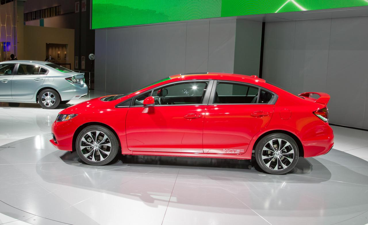 2013 Honda Civic Sedan photo - 3
