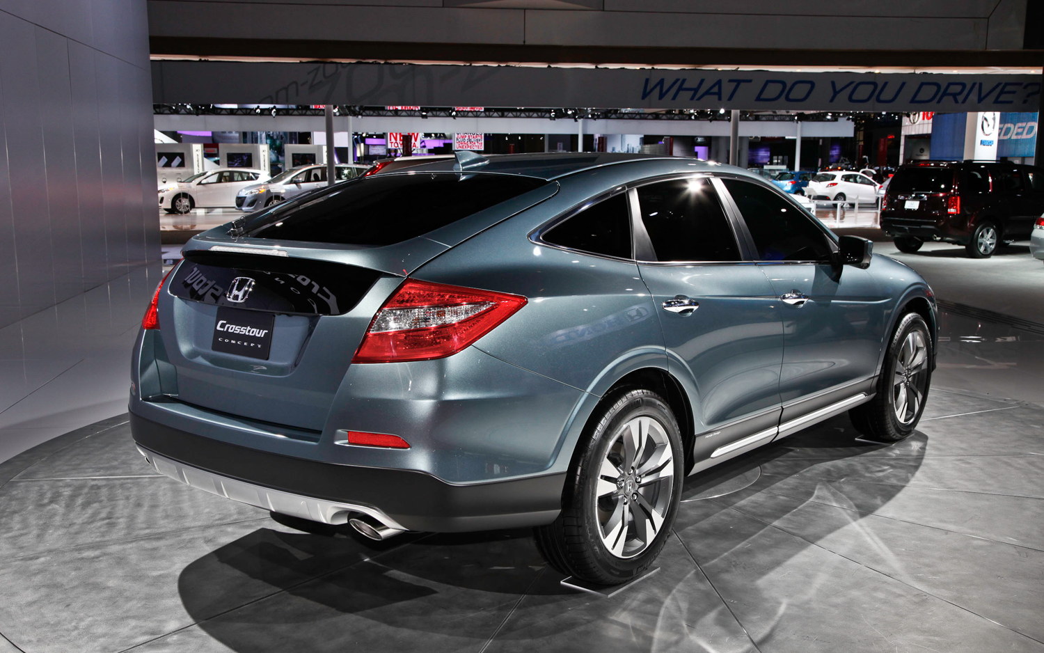 2013 Honda Crosstour Concept photo - 1