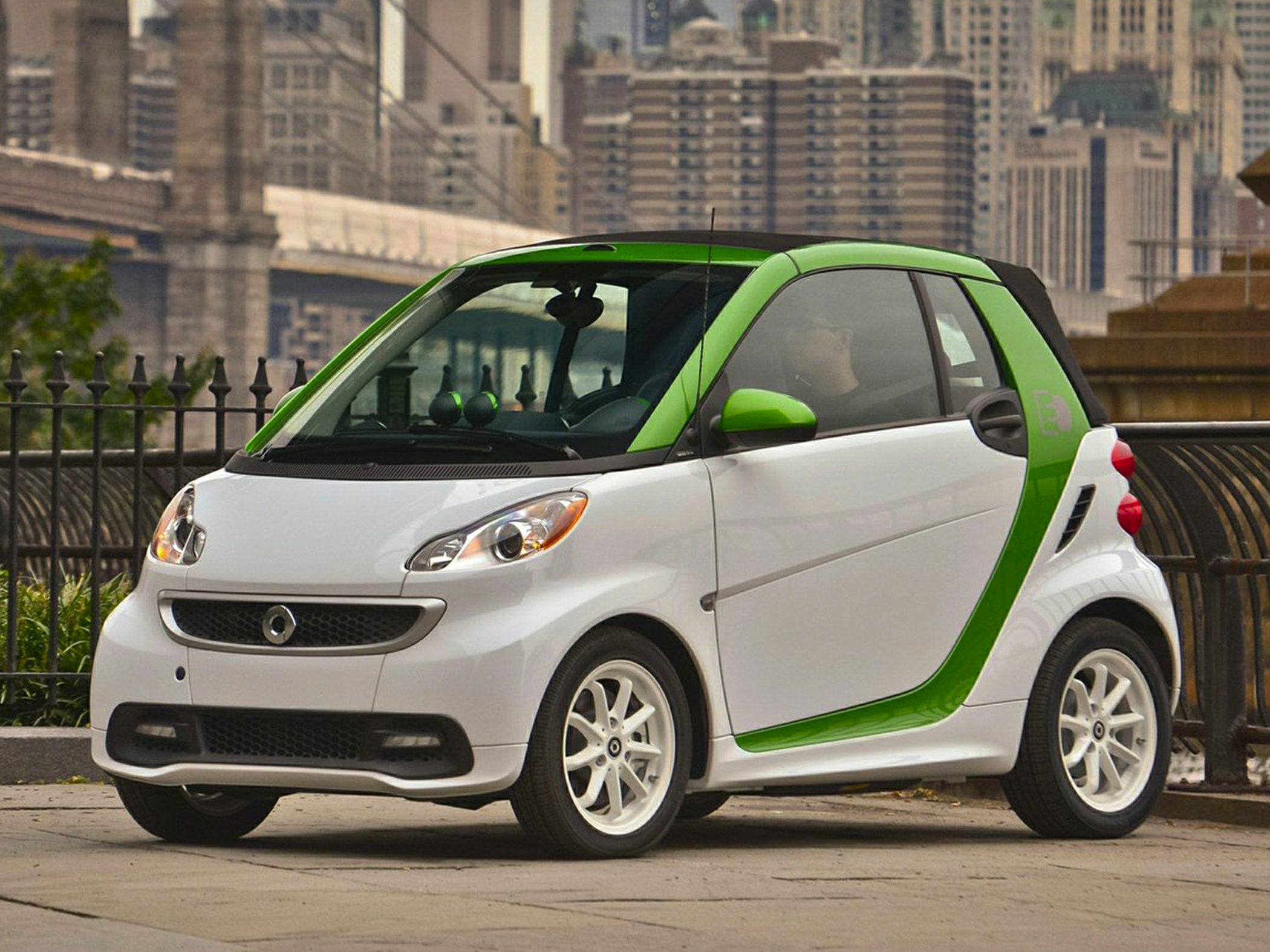 2013 Smart fortwo photo - 3