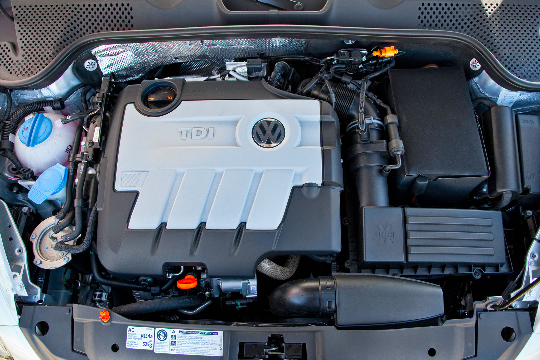 2013 Volkswagen Beetle TDI photo - 3