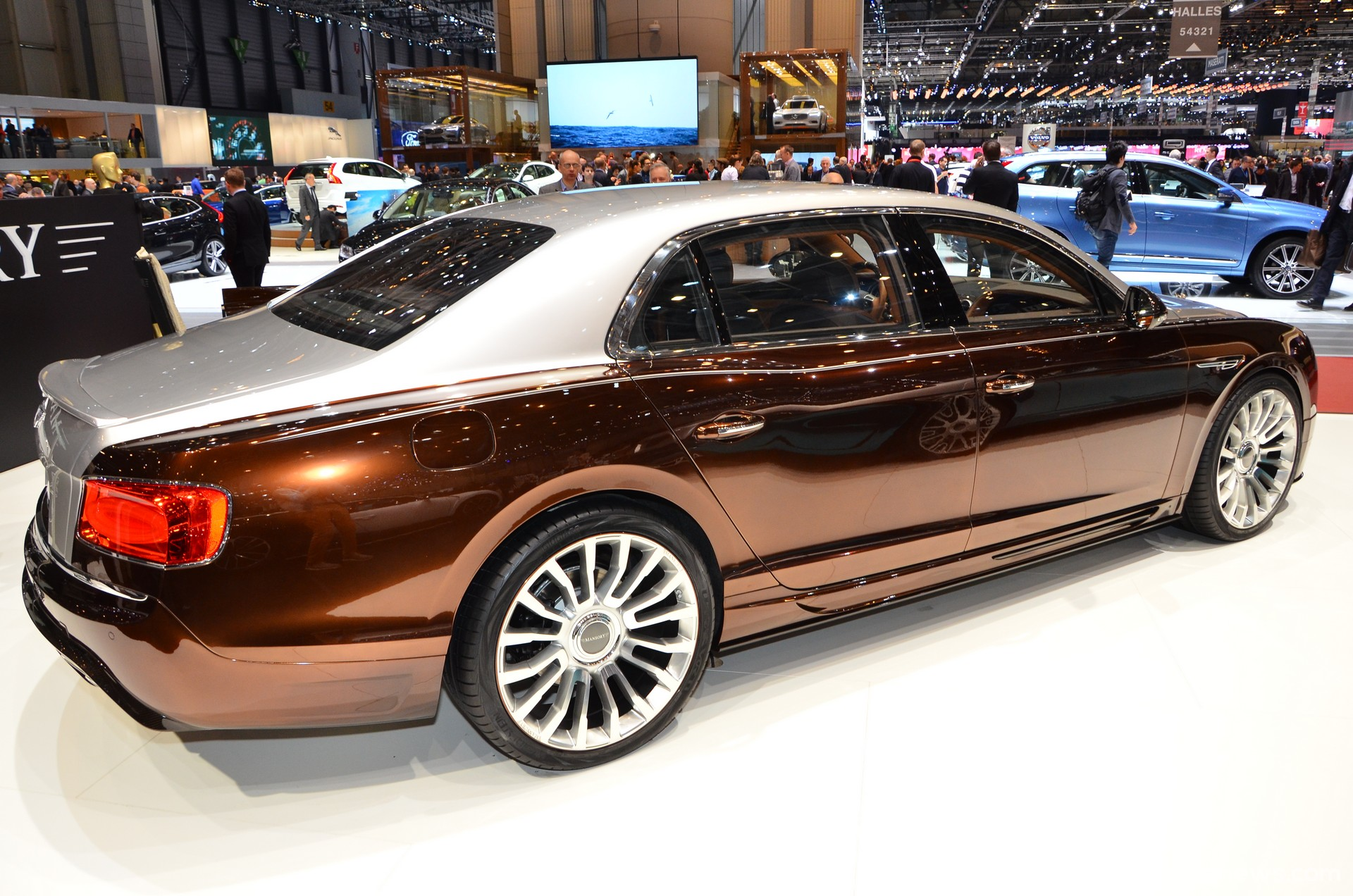 2014 Bentley Flying Spur photo - 1