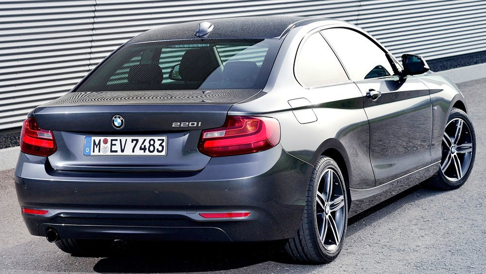 2014 BMW 2 Series Coupe photo - 2