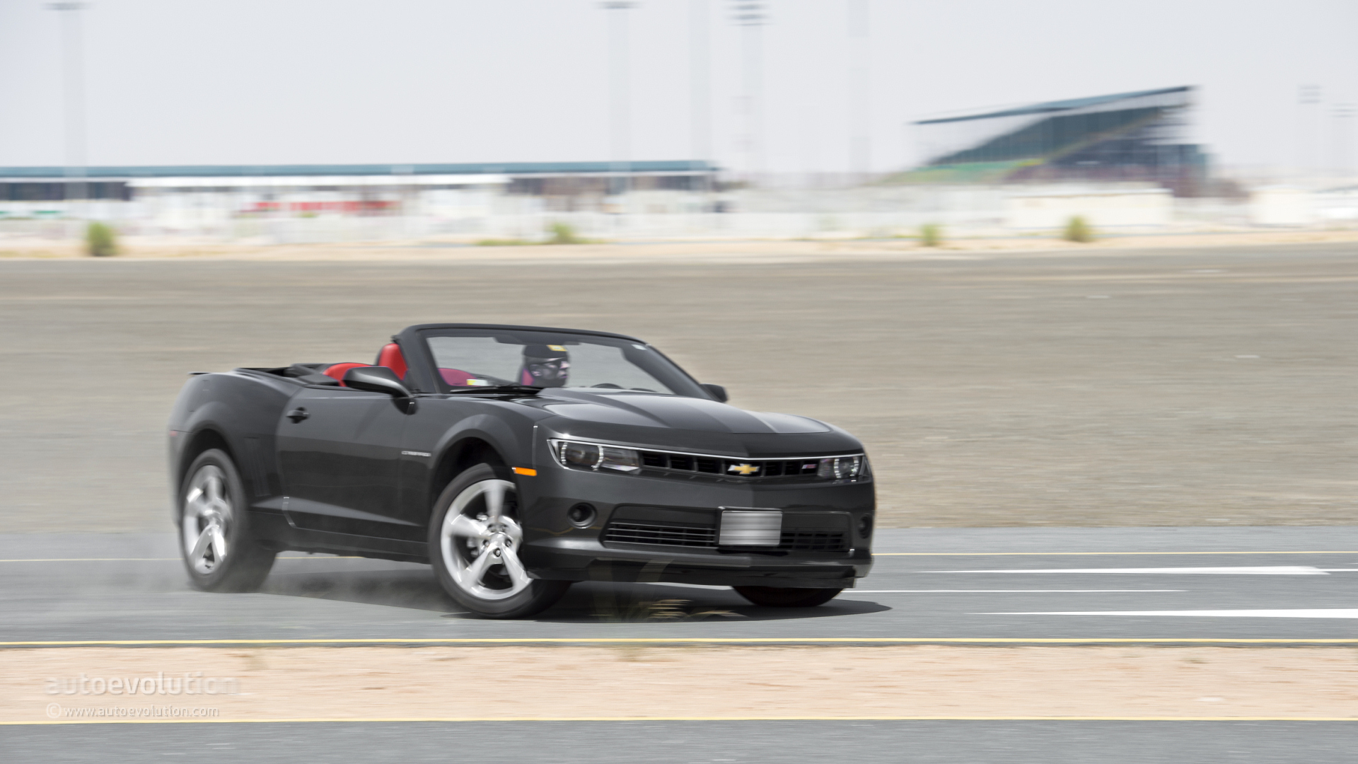 2014 Chevrolet Camaro Convertible photo - 1