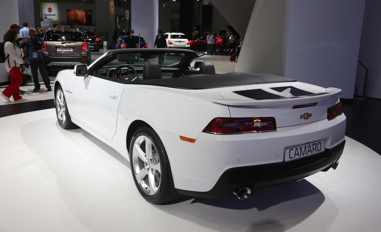 2014 Chevrolet Camaro Convertible photo - 2
