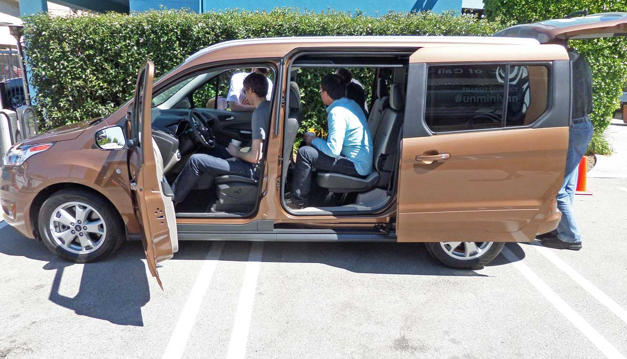 2014 Ford Transit Connect Wagon photo - 2