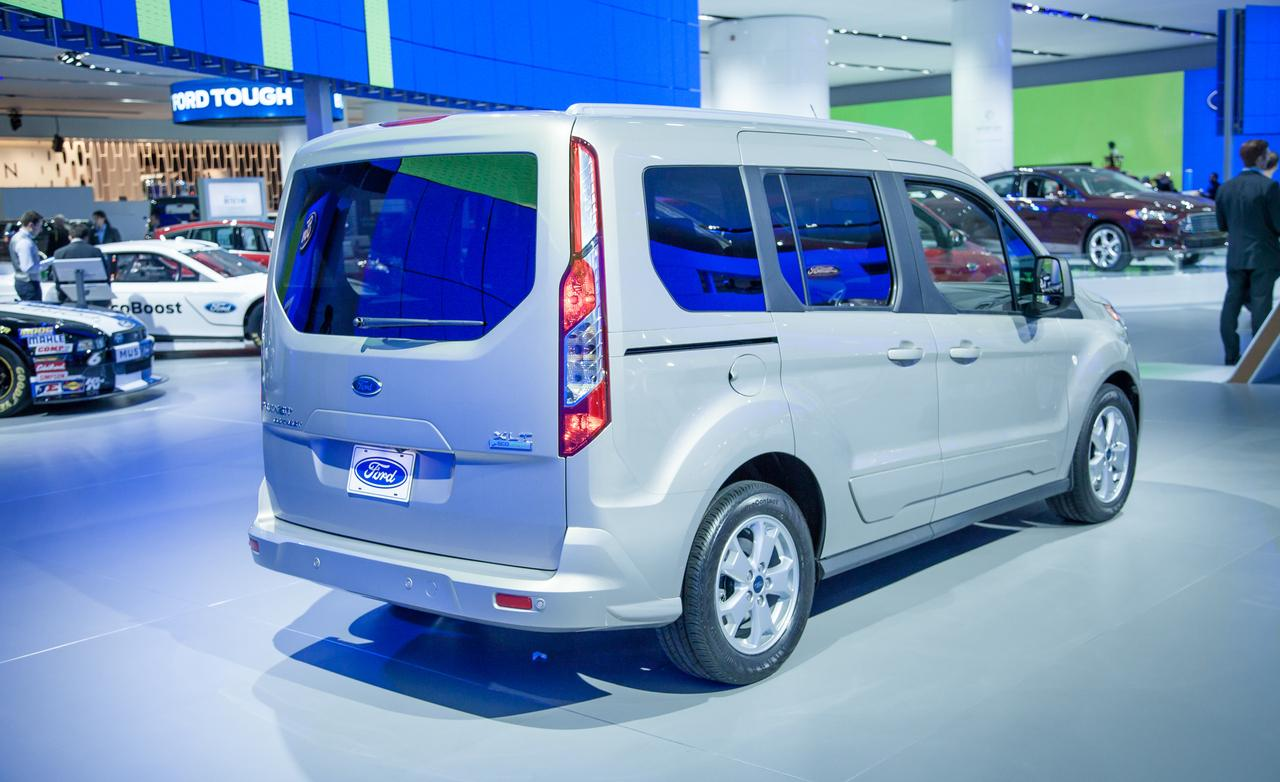 2014 Ford Transit Connect Wagon photo - 3